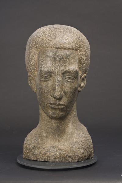YOUNG MAN (also HEAD OF A POET), 1929 Barre granit...