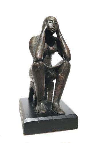 http://images.crsculpture.com/www_crsculpture_com/catlett_SEATED_FIGURE_6761_a1.jpg
