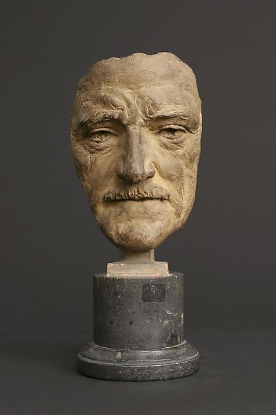 MASK OF GENERAL JOHN J. PERSHING, 1919 Terra-cotta...