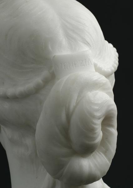 VENEZIA, 1865-66 Marble on original socle 25 x 14...