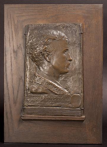 http://images.crsculpture.com/www_crsculpture_com/saint_gaudens_FRANCIS_DAVIS_MILLET_6436_frame1.jpg